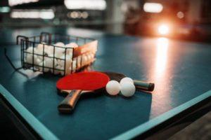 Sprzęt do tenisa stołowego - co warto wiedzieć?